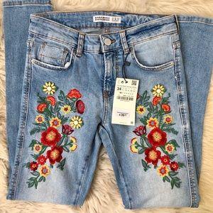Zara Denim Embroiderer Embellished Jeans 24